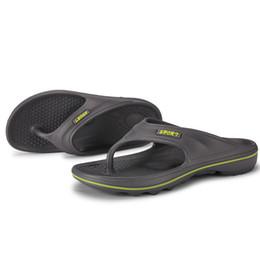 3aa0ceca016d Men s Beach Flip-Flops Thong Sandals Casual Indoor Outdoor Slipper Male  Breathable Slippers Sandal Lightweight Flip Flop Shoes XW43