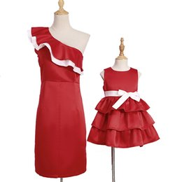 $enCountryForm.capitalKeyWord NZ - ruffled oblique mother daughter dresses family look mommy and me matching clothes outfits mom mum mama and baby girls cake dress
