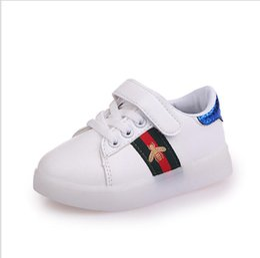 outlet store 6bac5 63023 Leuchtende Schuhe Geführt Online Großhandel Vertriebspartner ...