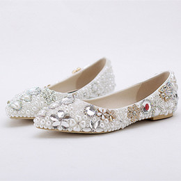 $enCountryForm.capitalKeyWord Australia - Flat Bling Bling Floral Bridal Wedding Shoes Pearl Crystal Rhinestone High Quality Ladies Banquet Prom Shoes Formal Luxurious