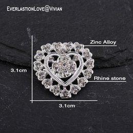 Coating Jewelry NZ - high quality Fashion Heart Shape Shiny Rhinestone Brooch Pin for Skirt coat Vintage Brooches for Women's silver jewelry brooches Accessories