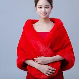 fur coats for wedding dresses 2019 - 2019 New Arrival Red Sexy Faux Fur Coat Bridal Wraps Warm Wedding Shawl Jackets Bolero For Wedding Dresses Wedding Jacke