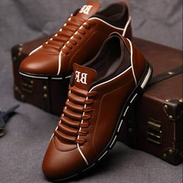 $enCountryForm.capitalKeyWord Australia - Fashion Men Flats Casual Shoes Loafers Mocassin Homme Leather Lace-up Driving Shoes Footwear Zapatillas Hombre Casual