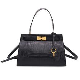 a3a4241be Luxury Tote bag 2019 New Quality PU Leather Women's Designer Handbag  Crocodile pattern Lock Shoulder Messenger Bag Bolsos Mujer
