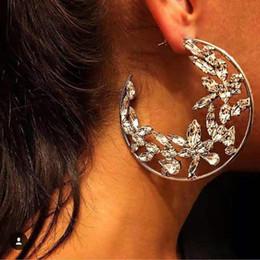 Flower Gift For Love Australia - diamonds flowers round dangle earrings for women luxury crystal chandelier earrings love gift for girlfriend 3 colors golden silver black