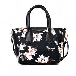 $enCountryForm.capitalKeyWord UK - Explosion models 2019 Fashion occasions ladies handbag PU Leather handbag women Messenger bag retro large capacity