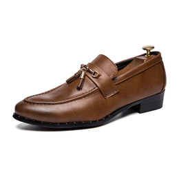$enCountryForm.capitalKeyWord Australia - Men New Design Tassel Dress Shoe Classic Genuine Cow Leather Shoes for Male Pointed Toes Stylish Casual Business Shoe SH808255