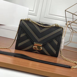 $enCountryForm.capitalKeyWord NZ - 2019 new fashion leather one-shoulder rivet lock female bag rivet star slanting envelope chain bag, hand-made details fine, package type pra