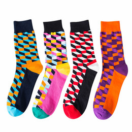 $enCountryForm.capitalKeyWord Australia - British Style Happy Socks Squares Prints Color Collision Sports Long Socks Men Outdoor Stockings Factory Direct 4hy E1