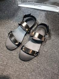 Discount rock band shoes - 2019 Summer Men Shoes Designer's Genuine Leather Men Sandalias Rock Fashion Leather Rome Sandals Men 35-45 adn18070