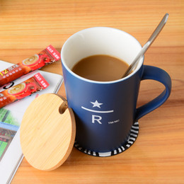 Orange Spoons Australia - New Starbucks R Letter mug 400ml colour Ceramic coffee cup with Spoon Coaster Wooden cover for coffee milk gift set