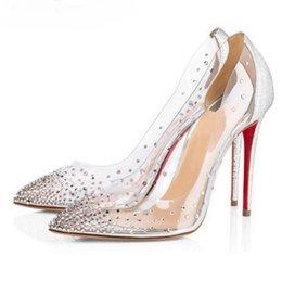 Venta al por mayor de Tacones altos de fondo rojo Boda Zapatos de bombas de cristal de colores claros Zapatos de mujer Stiletto Transparente 8CM 10CM Vestido de fiesta Marca Zapatos de PVC de tacón fino