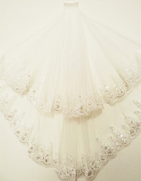 Elbow Length Australia - 2019 White Wedding Veil Ivory Elbow Length Applique Edge Sequins With Comb Wedding Accessories Vintage Bridal Veil Velo de novia Elegant