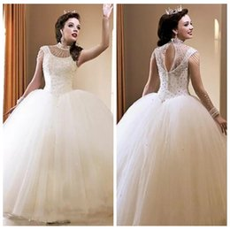 wedding cap sleeves bling UK - Crystals Beaded Ball Gown White Wedding Dresses 2019 Bling Bling Crew Neckline Capped Sleeve Keyhole Back Bridal Gowns Floor Length