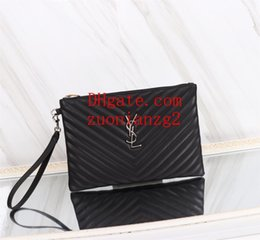 Men S Clutch Bags Australia - Paris style famous top quality men women classic fashion large and medium size Wristband clutch purse handbag Sac à main S-L3