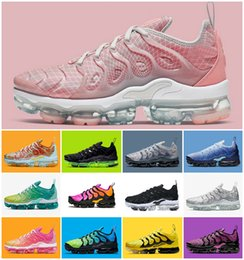 China 2019 New Tn Plus Rainbow Mens Women Running Shoes Bumblebee Be True Grape Triple Designer Sherbet Team Red Chaussures Black White Sneakers cheap rainbow fabric running shoe suppliers