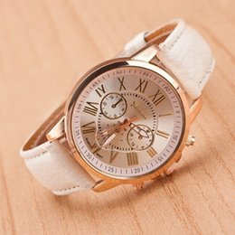 fake glasses women 2019 - Women Bracelet Watch Korean Fashion Trend Geneva Ladies Fake Three-eye Casual Gold Men's Wrist Watches Couple Belt