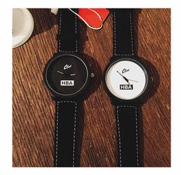$enCountryForm.capitalKeyWord Australia - Couple watches Korean new big dial men and women on the table student male text control Harajuku retro genuine watch