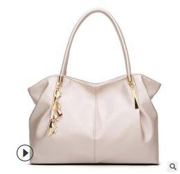 Ladies handbags v brand online shopping - L Fashion V Bags Women Luxury  Brand Lady Leather e2fe00a5e33c2