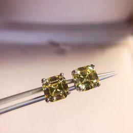 925 Sterling Silver Yellow Moissanite diamante Brinco da moda cristal de pedra Gem brinco doces quadrado de jóias mulheres festa de casamento em Promoiio