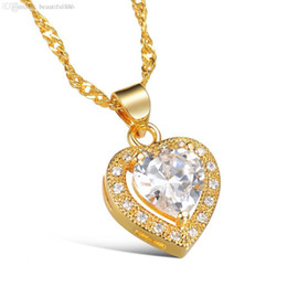 short chain designs UK - Fashion Sexy Collarbone Short Necklace For Women Heart Design White Crystal Stone Gold Color Jewelry Pendant Gift For Your Lover
