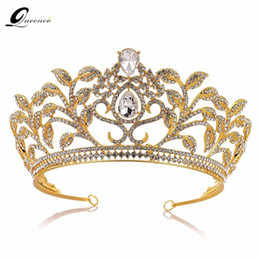 $enCountryForm.capitalKeyWord Australia - Baroque Crown Drop Blue Red Crystal Tiaras Vintage Gold Rhinestone Pageant Crowns With Comb Baroque Wedding Hair Accessories