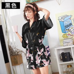 Crowns sexy online shopping - Yao Ting Bride Dressing Gown Red crowned Crane Bridesmaid Robe Woman Thin Ice Sexy Pajamas Factory