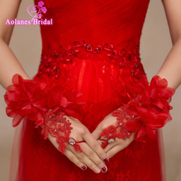 cheap sheer gloves NZ - 2017 Cheap One Size Red Fingerless Bridal Gloves Lace Crystal Women Short Hand Made Flowers Wedding Gloves Wedding