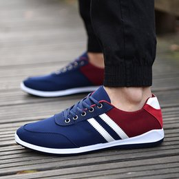 Spring Fall Canvas Shoes NZ - Spring Men Canvas Shoes Low To Help Wild Breathable Lightweight Casual Men's Shoes Fashion Student Sneakers