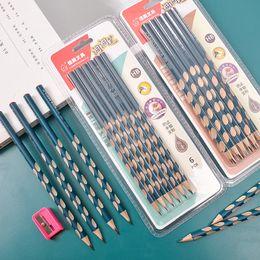 $enCountryForm.capitalKeyWord Australia - 12pcs set hole pencil Triangle correction grip student wooden pencil triangle pen School Items School