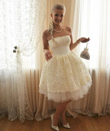 Mini brides white gowns online shopping - 2019 short A Line Wedding Dresses s strapless Turkey ivory lace Appliques tulle skirt Inside Elegant Bride Gowns Plus Size custom made