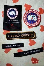 30 Pcs Canadá Crocodilo Do Cão Do Tigre Patch Tactical Emblema Moral Patches Hook Loop 3d Bordados Emblemas Atacado Frete Grátis em Promoção