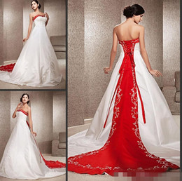 fall vintage wedding dresses Canada - Vintage White and Red Wedding Dresses A-Line Chapel Train Satin Strapless Wedding Dress With Embroidery Beading Bridal Gowns Custom Made