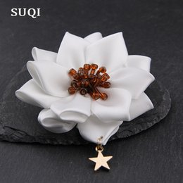 Sun Glasses China Australia - SUQI Fashion classic glass beads Stars Ribbon Hand-folded rose Women's Brooches pin Jewelry Sun Flowers bow Brooch Pins clothes Decoration