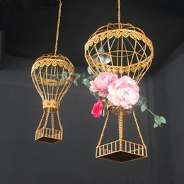 $enCountryForm.capitalKeyWord Australia - Celebration prop wedding birthday party stage ceiling decor wedding flower vase holder drop ornament decor ceiling hanging hot-air balloon