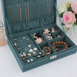Ring Mail Australia - Package mail wooden jewelry box single layer with lock flannelette fabric jewelry European jewelry box ring box