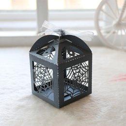 Ingrosso personalizzato Spider web Laser Cut Caramelle di cioccolato regalo scatole da sposa scatola di compleanno con nastri paese souvenir di nozze