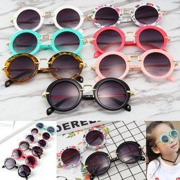 Gafas de sol del bebé 2020 muchachas de la manera muchachos playa Material del marco UV400 Gafas protectoras Las sombrillas de los vidrios de la PC + Metal Kids Niños en venta