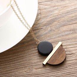 Vintage Necklaces Unisex Australia - Geometric Circular Resin Wood Vintage Pendant Gold Alloy Chain Long Necklace Unisex Fashion Jewelry Pendant Necklace Free Ship