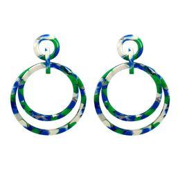 fb1b9db43c43 Europa y los Estados Unidos anillo grande acrílico placa de acrílico  pendientes de aislamiento moda mujer