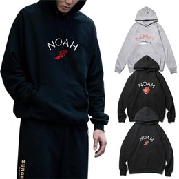 White Rose Pullover Australia - NOAH Hoodies Tuna Rose Winged Foot Printed Pullover Hoodie Men Women Fashion Skateboard Top Outerwear White Black Casual Sweatshirt NCI0537