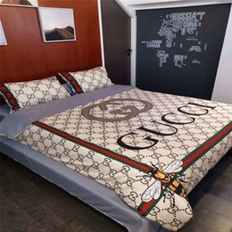 TexTile prinTing designs online shopping - Full G Stripe Bee Bedding Cover Suit New Fashion Tide D Print Logo Winter Bed Bag Sets Luxury Design Khaki Home Textiles