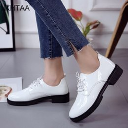 $enCountryForm.capitalKeyWord Canada - Dress Shoes Women Casual Platform Block Low Heels Pumps Ladies 2019 Fashionable Leisure Footwear Autumn Female Lace Up Patent leather