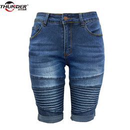 women skinny knee length shorts NZ - Skinny Capris Jeans Women Middle Rise Elastic Denim Shorts Female Summer Knee Length Curvy Bermuda Stretch Short Jeans Pants