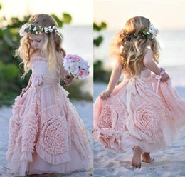 cheap girl tutus Canada - Cheap Girls Pageant Dresses Pink Flower Girl Dresses Spaghetti Ruffles Hand made Flowers Lace Tutu Vintage Little Gowns for Communion Q123