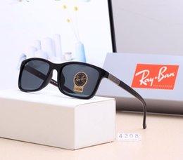 $enCountryForm.capitalKeyWord Australia - Metal Mens Designer Sunglasses Fashion Brand Sunglasses Adumbral Goggle Driving Car Glasses UV400 Model R4208 6 Colors High Quality with Box