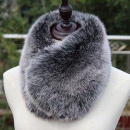 Purple Fur Scarf Australia - New short faux fox fur muffler winter warm multicolors super soft blue pink black short faux fur collar rabbit fur scarf D19011004