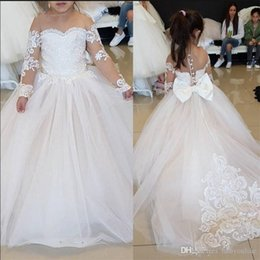 $enCountryForm.capitalKeyWord NZ - Vintage Princess Flower Girl Dresses Lace Long Sleeves Appliques Kids Toddler Dress For Weddings Birthday Party With Bow