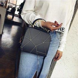 $enCountryForm.capitalKeyWord Australia - Korean version of the 2019 new mobile handbags splicing block semi-circular shoulder bag diagonal female versatile trend package Black