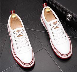 $enCountryForm.capitalKeyWord Australia - New Style Luxury Men Casual Shoes Handmade Genuine Leather Round Toe Soft Heel Shoes Lace-up Fashion Vintage Comfortable Men Shoes BM875